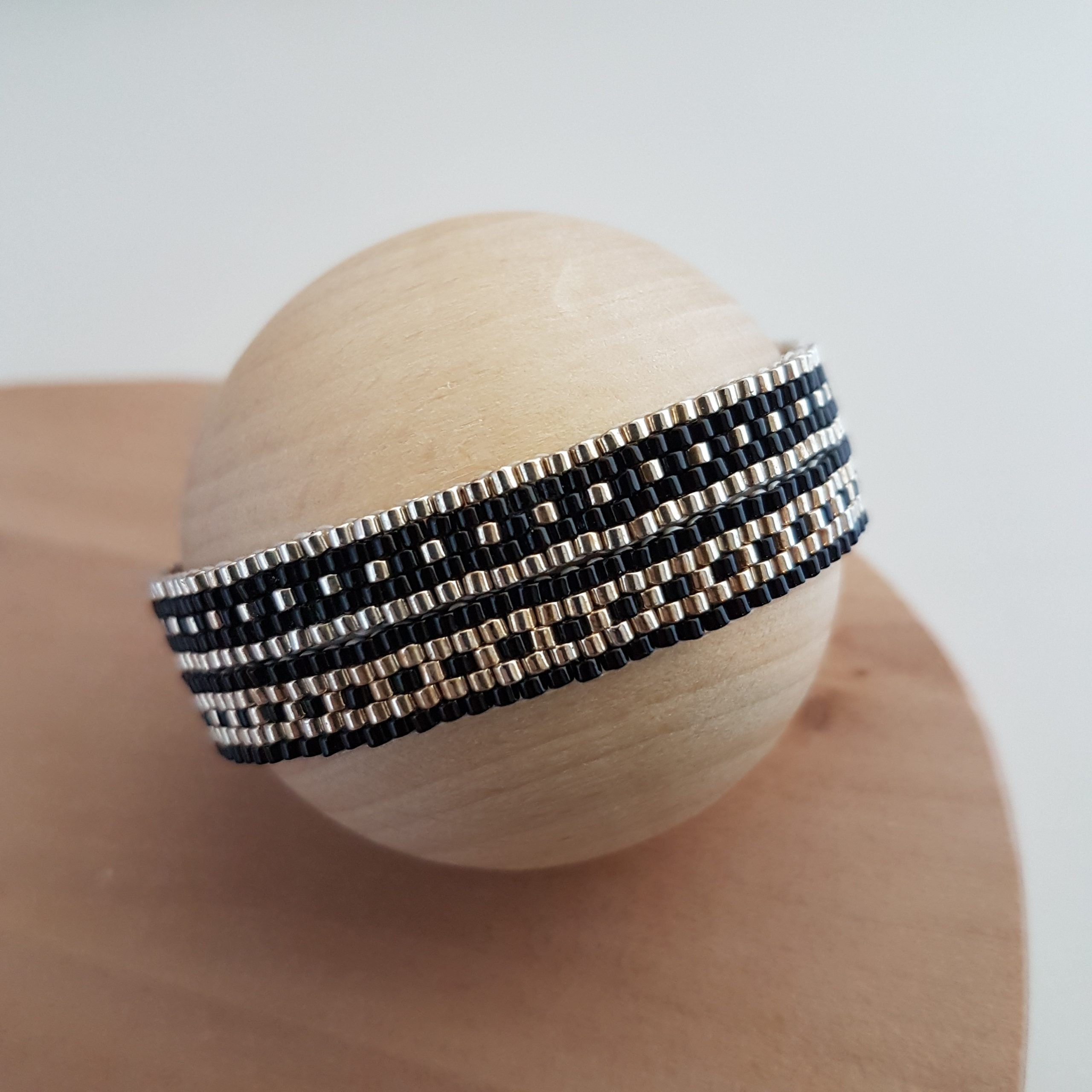 Cadeau Bijou artisanal lyon Bracelet Les cumulables noir argent 925 miyuki