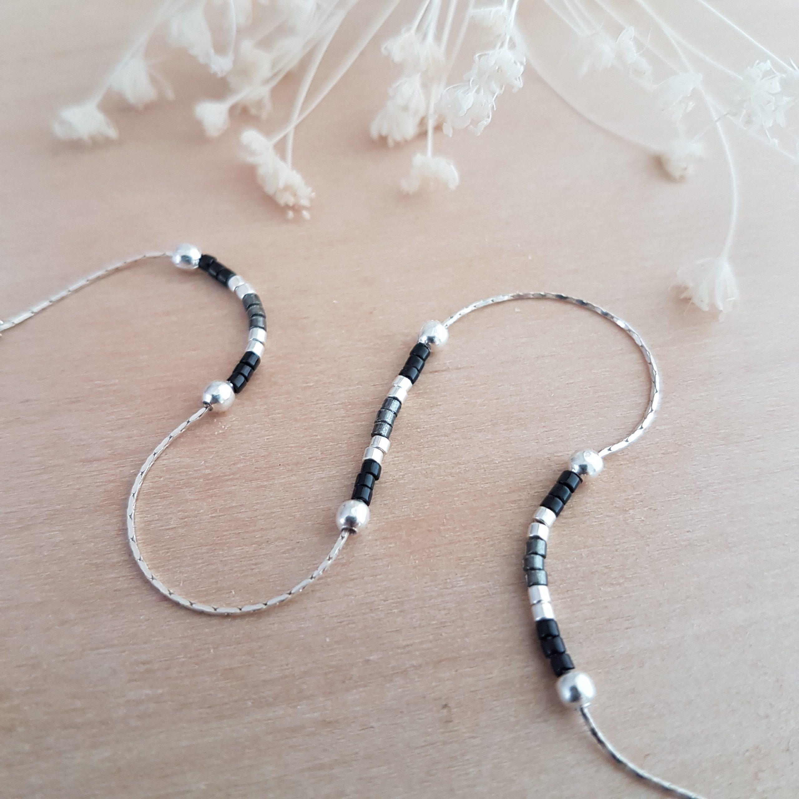 Cadeau Bijou artisanal lyon Chaîne de cheville Les petits cumulables noir argent 925 miyuki